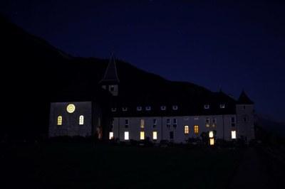 Abbaye de Tamie de nuit